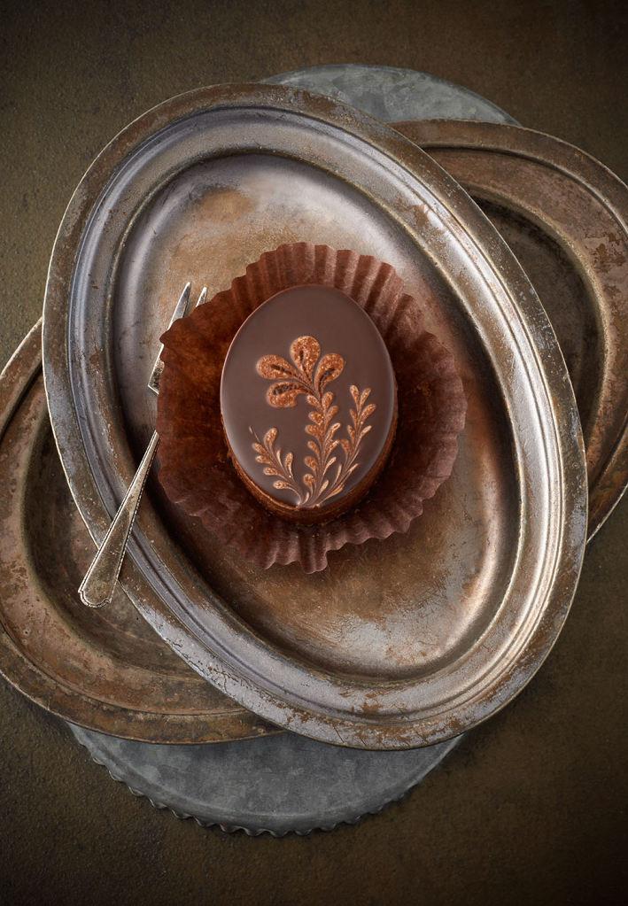 150407-JM-ChocolatePeanutButterEgg.jpg